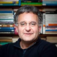 Andrzej Olechnowicz