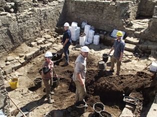 An archaeological excavation at Binchester Roman Fort