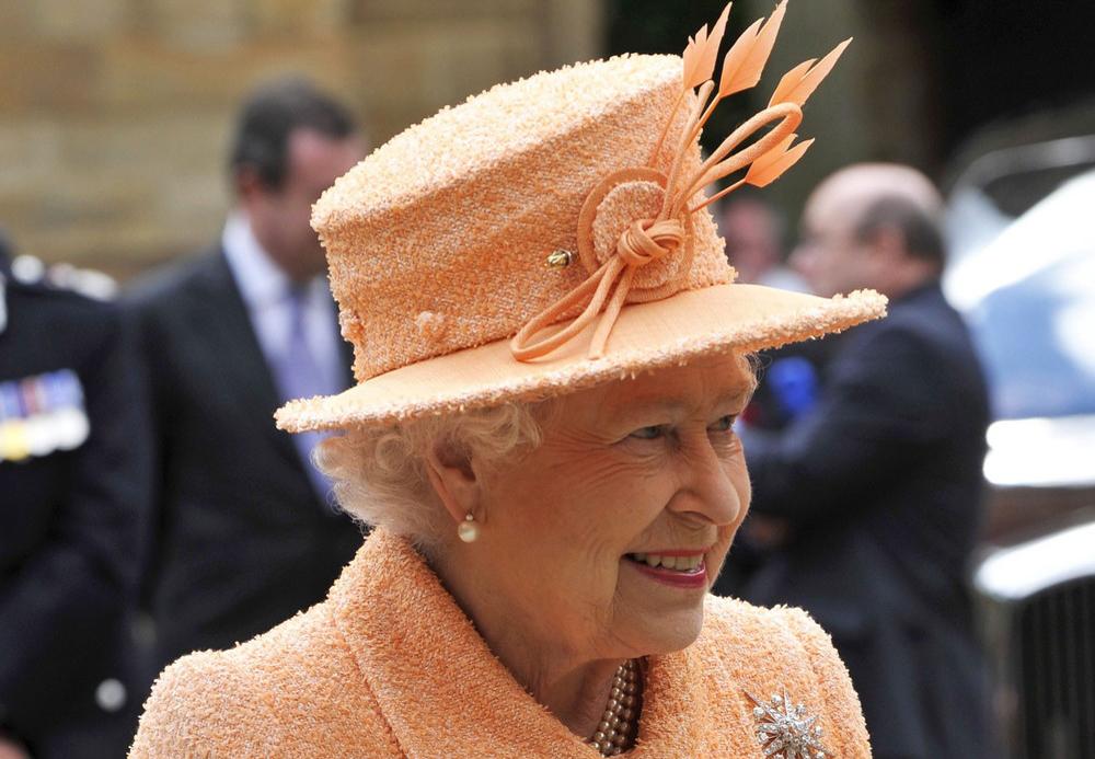 majesty queen elizabeth ii - 1000×693