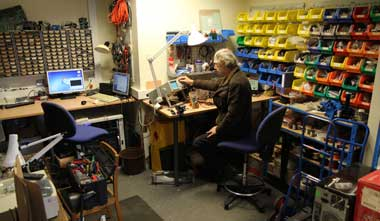 electronic workshop a fully equipped electronic workshop supports the ...: https://www.dur.ac.uk/music/about/facilities