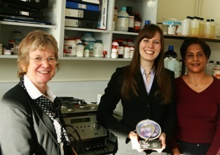 Left to Right - 'Prof Judith A K Howard, Chairman of Chemistry at Durham University, Lisa Murphy with her award, Lisa's project supervisor Dr Ritu Kataky.'