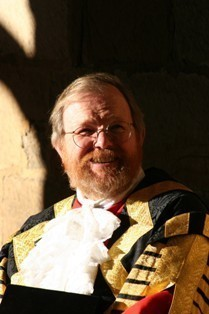 Chancellor Bill Bryson in robes