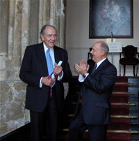 Mr Jack Warner (Left) receives his Honorary Fellowship from Sir Kenneth Calman