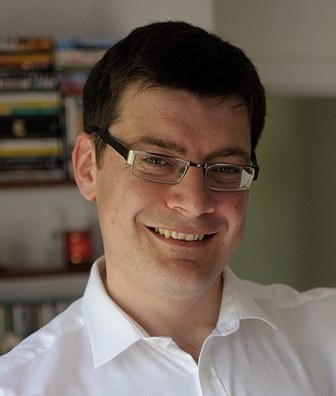 Dr James Kelly - Pic-webprofile